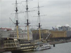 Корабль, Санкт-Петербург