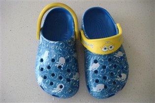 кроксы:)