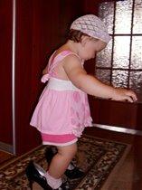 Учусь ходить на шпильках!