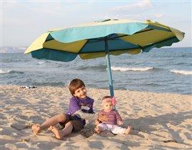 Хороший зонтик - большой зонтик!