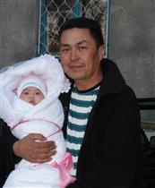Папа с любимой дочей