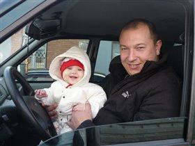 Маленький водитель по имени Варя