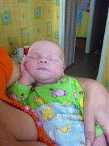 Спят усталые Максимки