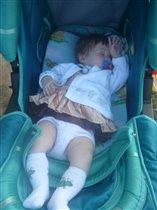 Вероника утомилась на прогулке