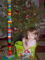А у меня елочка из Лего!!!!!!!!! Вам нравится???