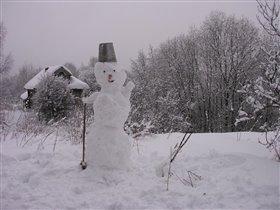 Одинокий снеговик