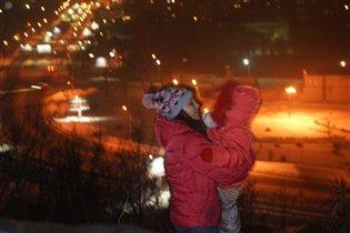 ночной город в ночных огнях