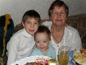 Ждем волшебства с внуками в Новогоднюю ночь!