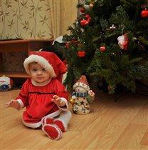 Анюта - маленький помощник Деда Мороза!