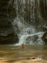 В водопадах Адыгеи