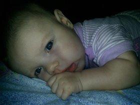 Слезинка малыша-царапинка на мамином сердце...
