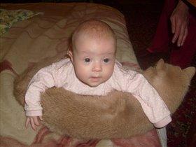 с любимой подушкой