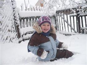 Люблю поваляться в снегу!