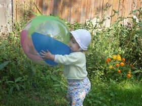 Мой любимый летний мяч.