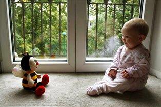 Любимая игрушка - Пчёлка.