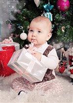 Лучший ваш подарочек - это Я! -))