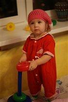 Маленькая помощница)))