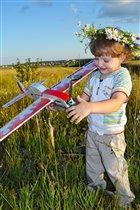 Мой любимый летающий самолетик!