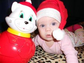 Сказок ей, игрушек, танцев и смешинок  В новый год