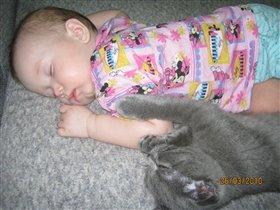 Как сладкл спят...