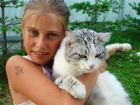 я и мой любимый кот Ромео.