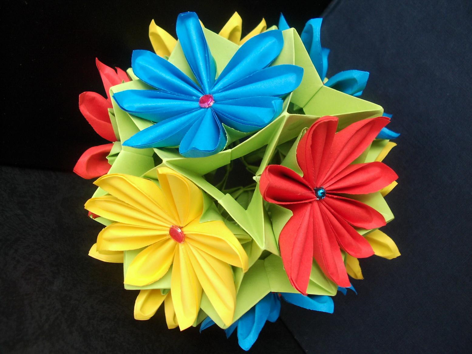 Бумаготворчество: Аппликация, оригами, кусудамы, скрапбукинг, квиллинг и т.д.