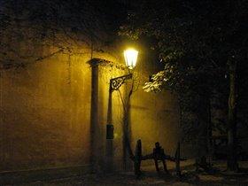 Ночь, улица, фонарь....