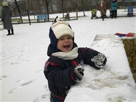 Пусть всегда будет снег)