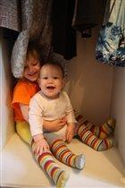 Что может быть веселее, чем прятаться в шкафу?!