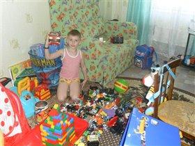 Мой старшенький любит поиграть)))
