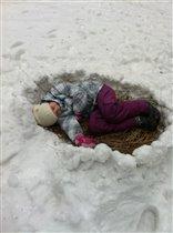 А свою дочку я нашла в гнезде...КРУГЛОМ!