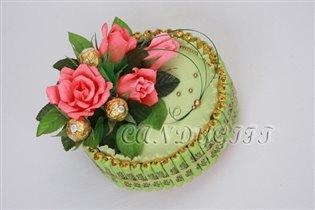 Тортик из конфет 'Сладкие мгновения'