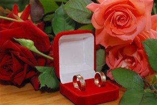 Обручальные кольца - вера, надежда, любовь...