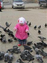 Настюша и голуби