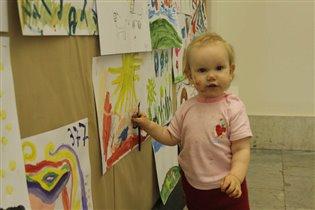 Маленькая художница.
