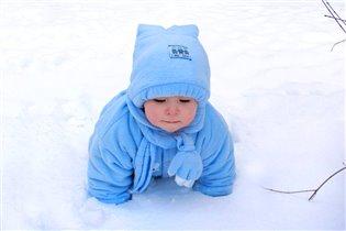 Изучаем первый снег в нашей жизни!
