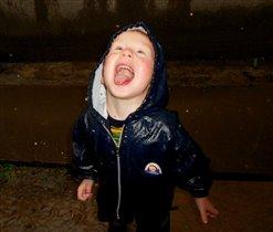 Дождик теплый, ароматный язычком ловить приятно!