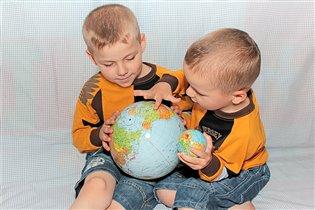 Исследователи мира =)