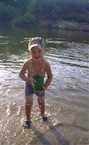 Наше солнышко играет в речке