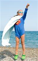 Пляжный Супермен спешит на помощь!