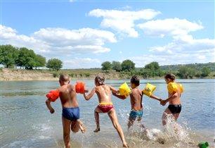 Беззаботное лето, счастливое детство!