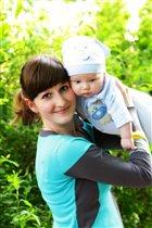 люблю резвиться на природе с мамой)