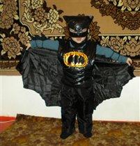 Наш любимый герой это Бэтмен и мы в его  образе.