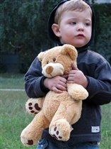 С медвежонком веселей