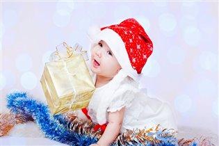 Лучший мой подарочек - это дочка Варенька!