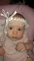 Юляшка -Улыбашка  застенчивая дочурка