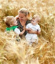 Быть мамой так же естественно, как и дышать!