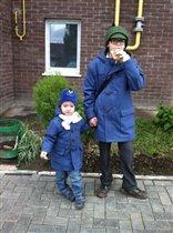 На сыновьях - пальто из франц. магазина Vertbaudet
