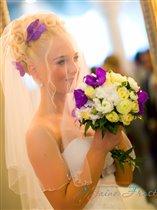 Свадебные причёски с живыми цветами