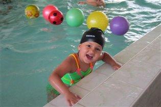 мы научились плавать!